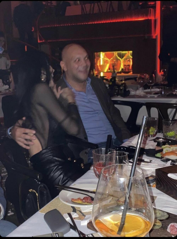 Sin Šabana Šaulića je u vezi sa bivšom suprugom Simona Karića (FOTO)